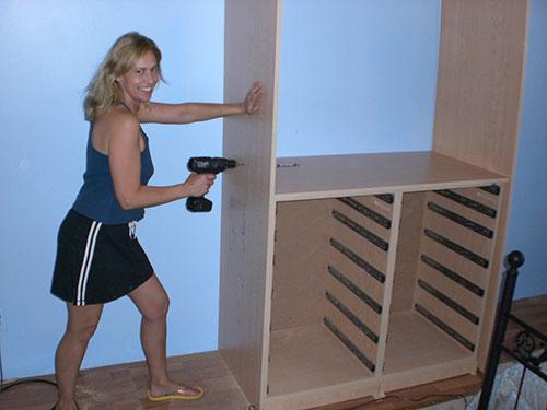 Tracee building a closet